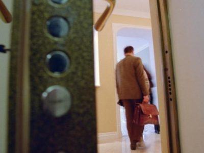 Судебные истории. Можно ли купить неприватизированную квартиру? Чем чревата «покупка» квартиры, находящейся в муниципальной собственности. История одного судебного дела