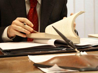 Консультация адвоката. О необходимости получать допуск СРО для малоэтажного строительства